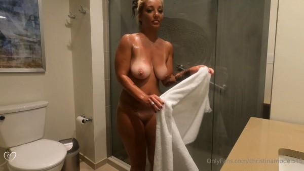 Christina Model OnlyFans Shower Tease video